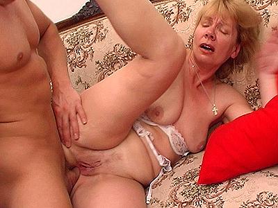 Crazy old moms.com